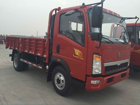 الصين HOWO 4X2 4T Light Duty Commercial Trucks، Red Cargo Flatbed Truck , Red Fire موزع